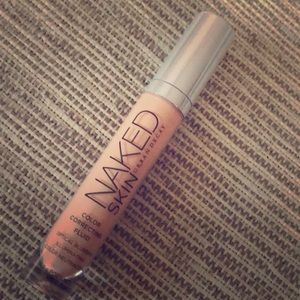 Naked skin Urban Decay Color correction Fluid
